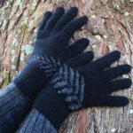 9854 Fern Gloves