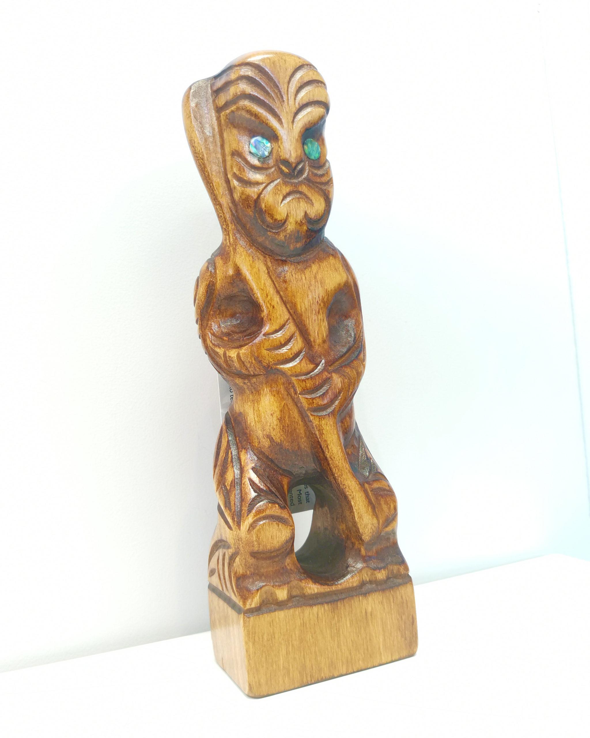 Tekoteko wood paua