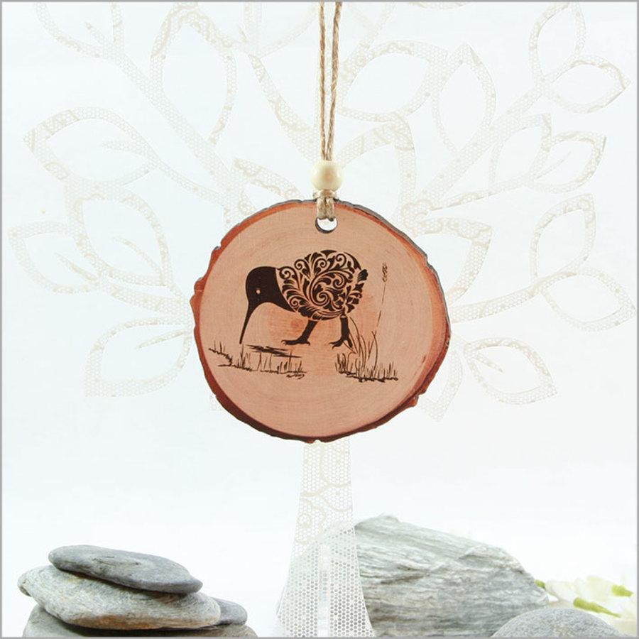 Wood Slice Ornament Filigree Kiwi